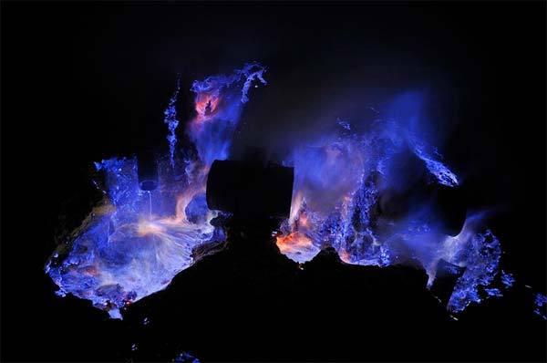 volcan-bleu-2