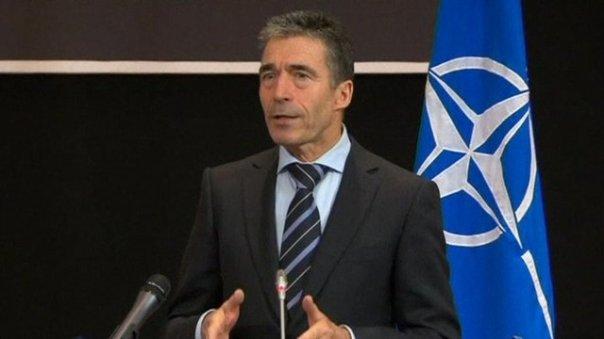 Rasmussen, peón jefe tenopata de la OTAN, siempre listo para ir de guerra...