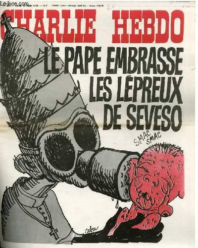 Antiguo Charlie: el papa besa a los leprosos de Seveso.