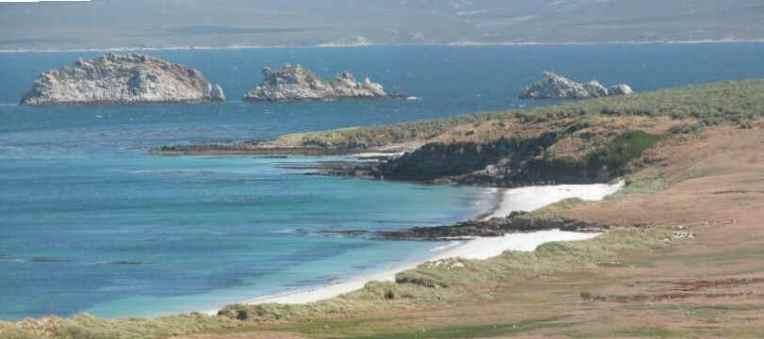 islas-malvinas-paisajes-Carcass_panoramic_0897__0896